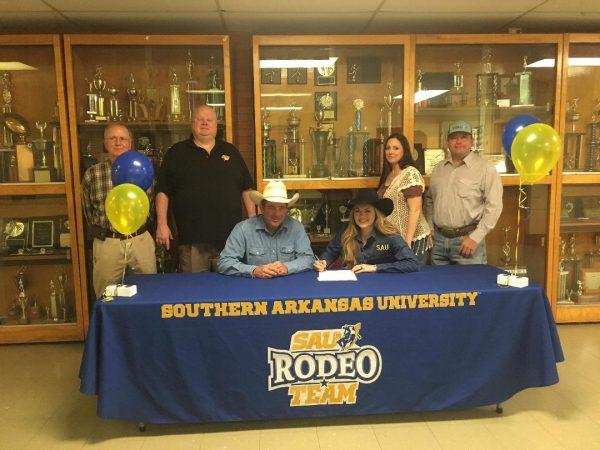 943c3be48 McKenna Caudle signed her letter of intent to rodeo for Southern Arkansas  University s Rodeo Team at De Queen High School. Congratulations McKenna!